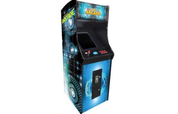 FULL-SIZED UPRIGHT ARCADE GAME FEAT  60 CLASSIC GAMES WITH TRACKBALL